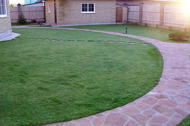 path-lawn2